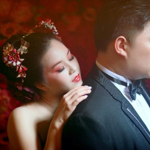 一銘幸子創意婚紗 [造型師:NADIA LEE]
